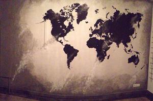 De wereld op je muur-schildering